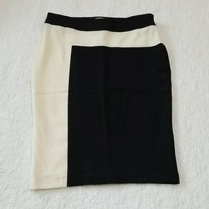 F21 Pencil black and White Skirt